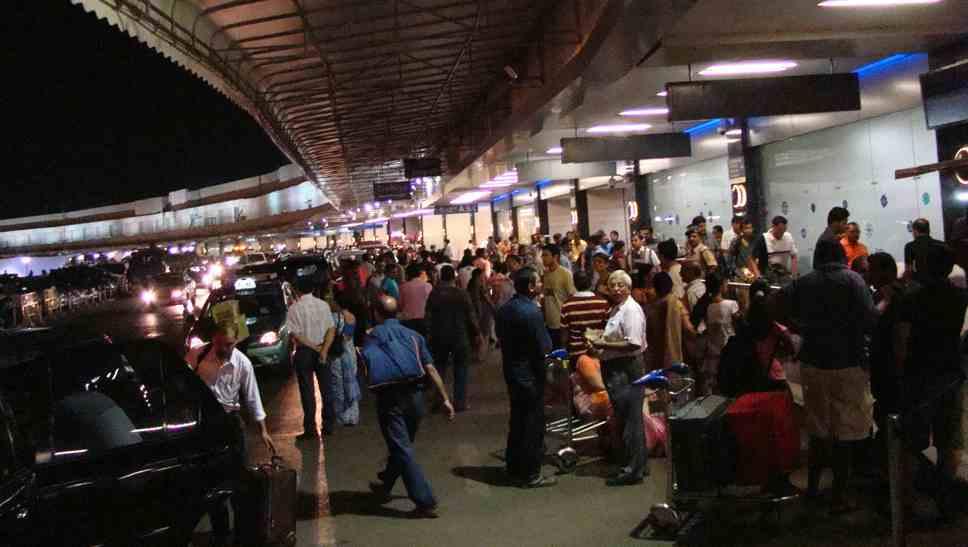 mumbai-airport-2