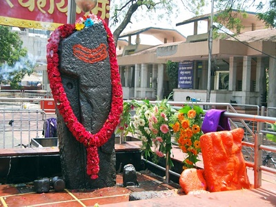 shirdi to shani shingnapur cab booking