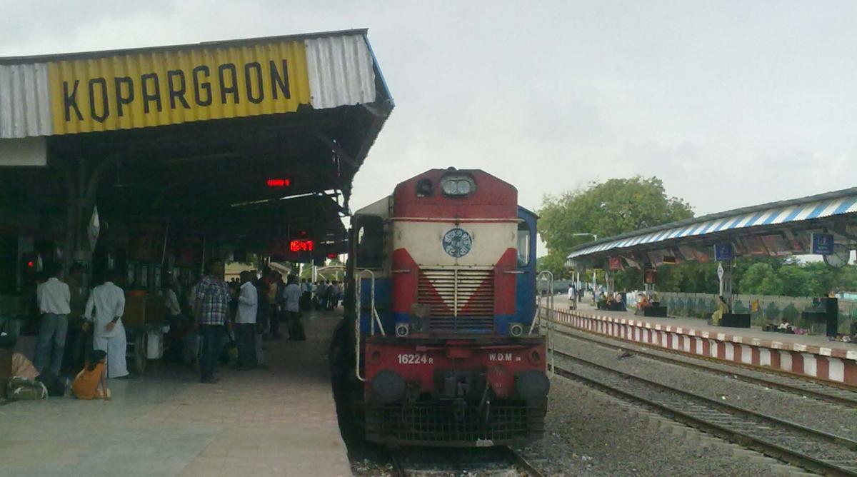 kopargaon railway station to shirdi cab booking